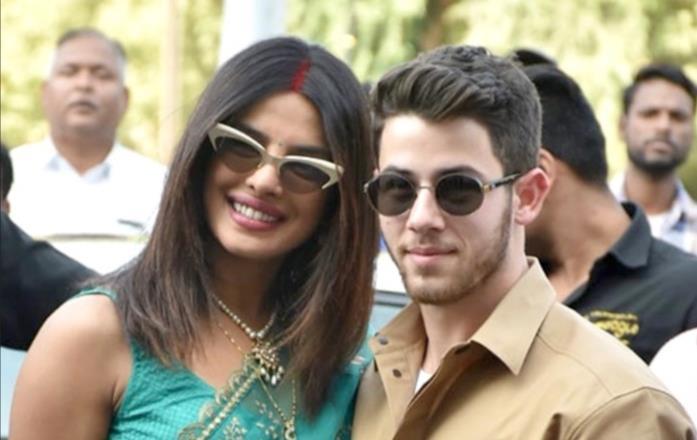 Nick Jonas e Priyanka Chopra in primo piano
