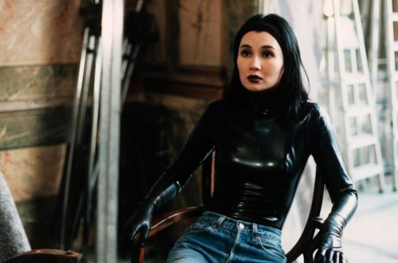 Irma Vep diventa una serie di A24: lo annuncia a sorpresa il regista Olivier Assayas