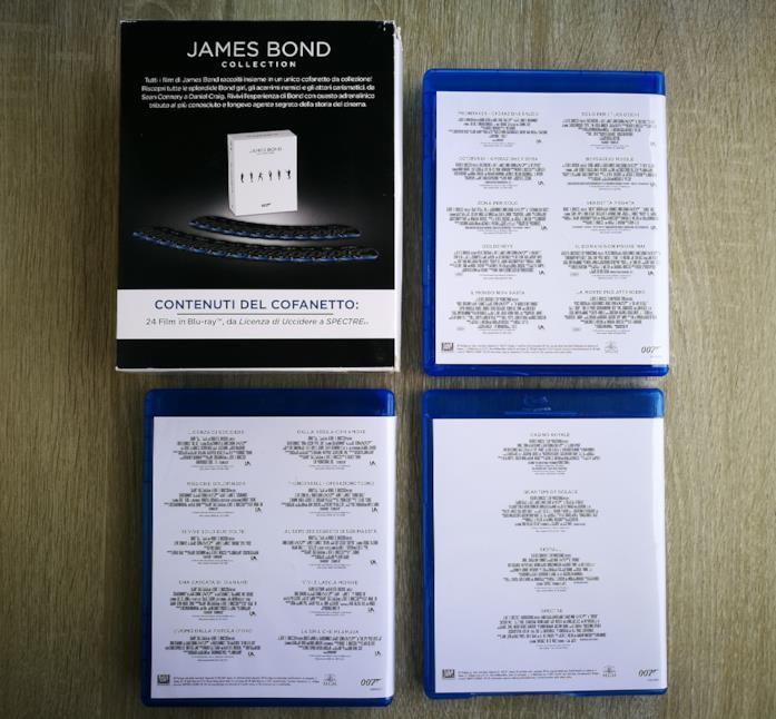 Il boxset contenente i 24 Blu-ray di 007