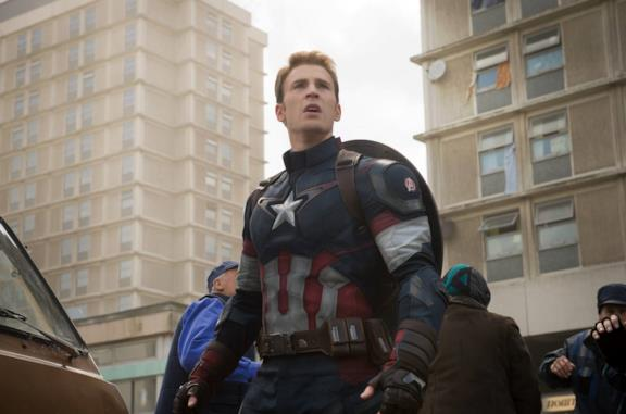 Chris Evans come Captain America in Avengers: Age of Ultron