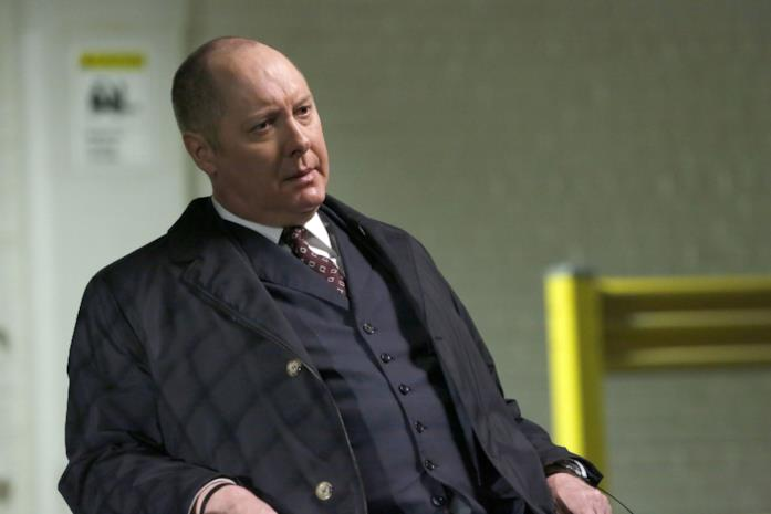 James Spader nei panni di Raymond Reddington