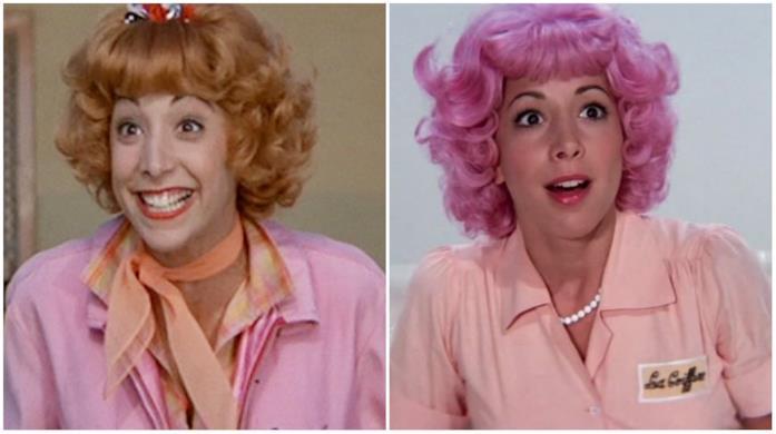 Frenchy con i capelli rosa e pesca in Grease