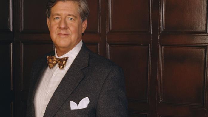 Richard Gilmore è il nonno delle protagoniste di Una mamma per amica