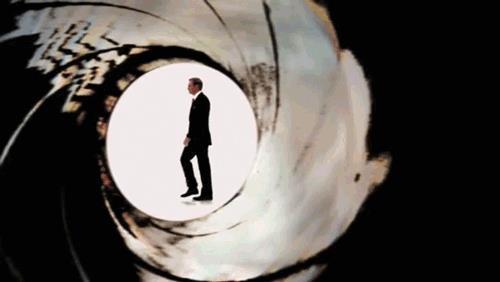 Una GIF su James Bond
