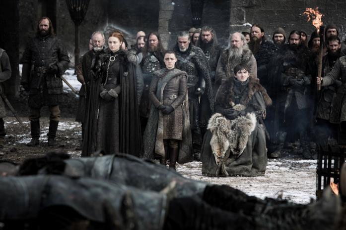 GoT 8x04: gli Stark alla cerimonia per i caduti