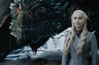 Daenerys Targaryen e Drogon in GoT 8x04