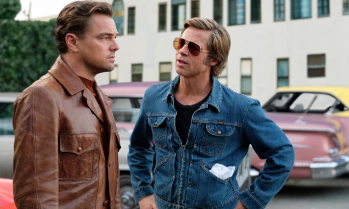 Leonardo Di Caprio e Brad Pitt in una scena del film C'era una volta a… Hollywood