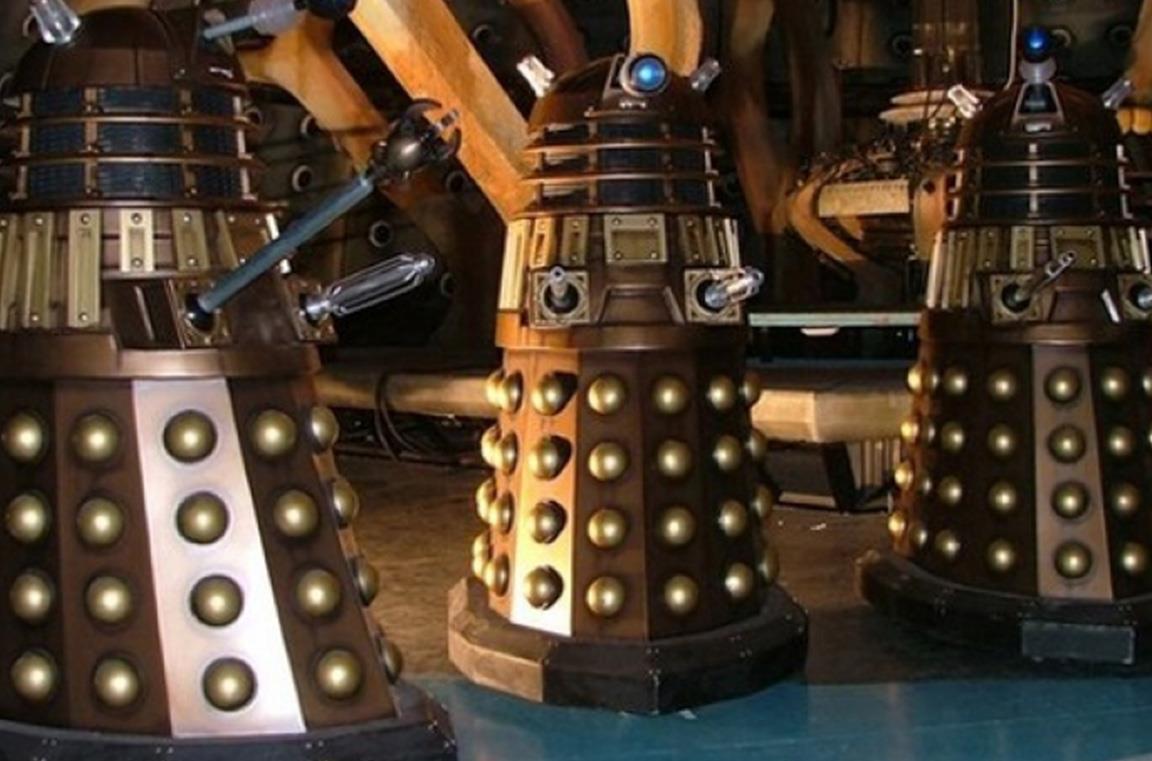 I Dalek, storici nemici del Dottore, tornano nello speciale 2020 dello show