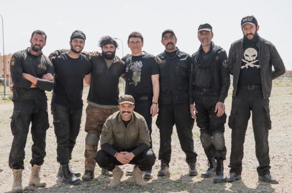 Il cast di Mosul