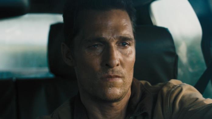 Joseph Cooper è interpretato da Matthew McConaughey