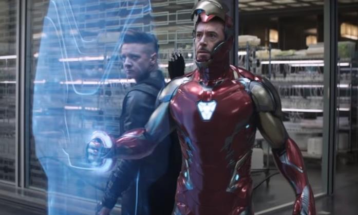 Iron Man con lo scudo e Occhio di Falco