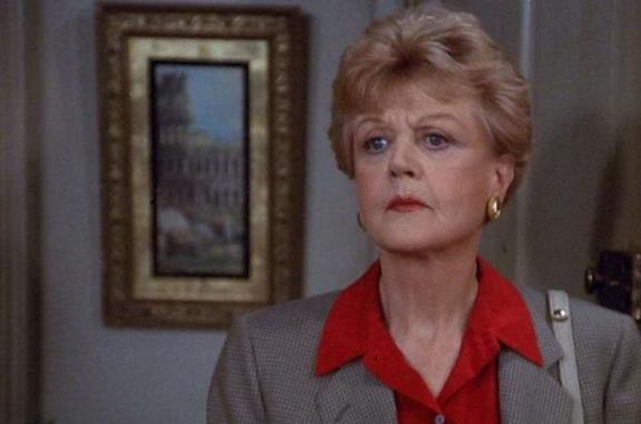 Un mezzo busto di Angela Lansbury nei panni di Jessica Fletcher