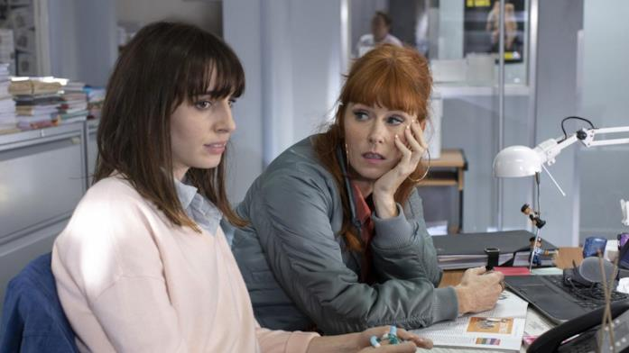 Morgane alle prese con un'indagine in una scena della serie di Rai1