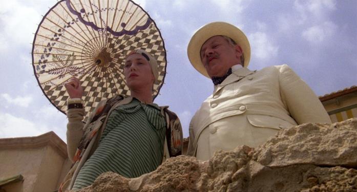 Jane Birkin e Peter Ustinov in Delitto sotto il sole