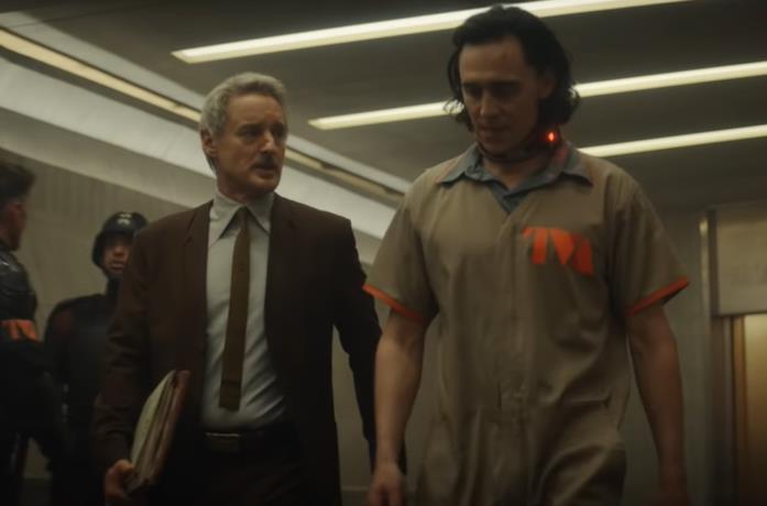 Loki, la prima clip della serie ci presenta Mobius. M. Mobius