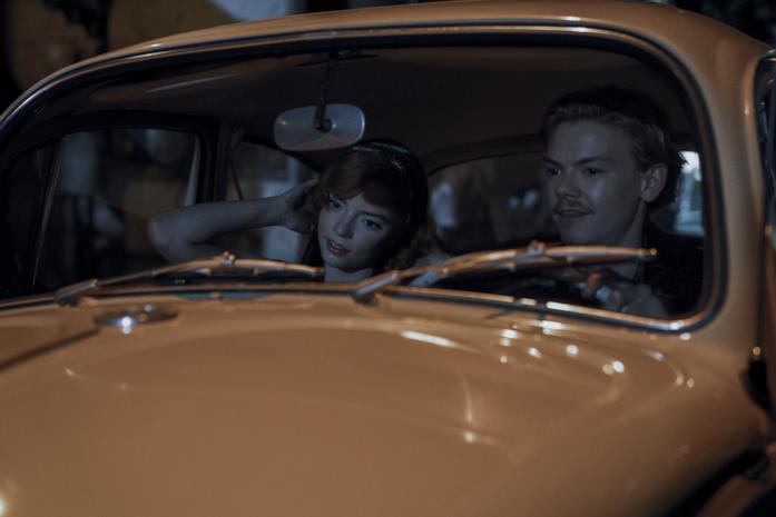 Beth e Benny in auto