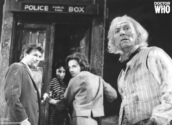Il Primo Dottore di Doctor Who coi suoi compagni