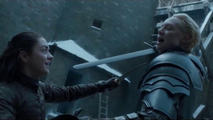 Maisie Williams e Gwendoline Christie in Game of Thrones 7x04