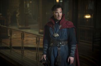 Benedict Cumberbatch nei panni del Doctor Strange
