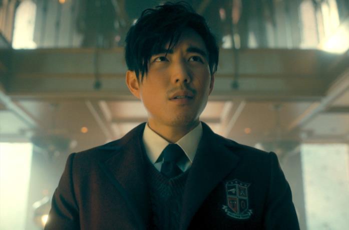 "Ben ""alternativo"" in The Umbrella Academy 2"