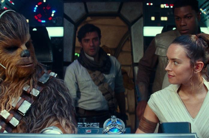 Rey, Poe e Chewbe in Star Wars: L'ascesa di Skywalker