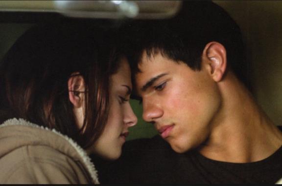 Mini-reunion di Twilight per Kristen Stewart e Taylor Lautner