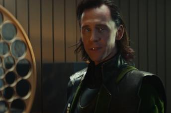 Tom Hiddleston è il dio asgardiano Loki