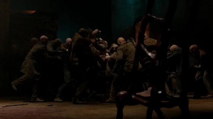 Il nascondiglio degli Antichi è sotto attacco