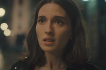 Eravamo canzoni: cosa sappiamo del film Netflix tratto dai romanzi di Elísabet Benavent