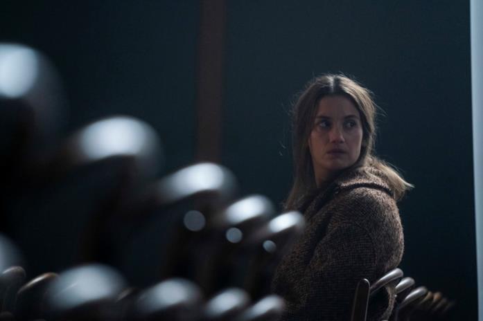 Danica Curcic in una scena della serie TV Equinox