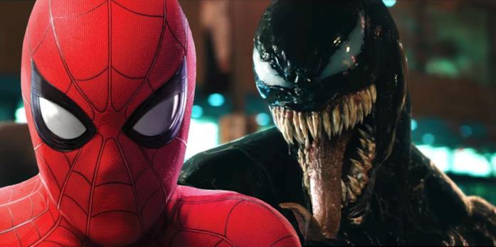 Spider-Man (Tom Holland) a sinistra e Venom (Tom Hardy) a destra