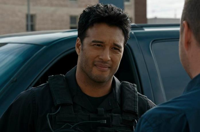 Un'immagine di Steven Allerick in una sequenza di NCIS: Los Angeles