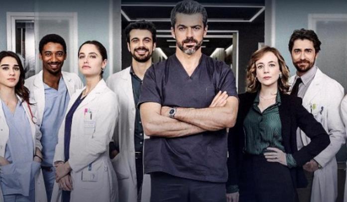 Il cast di Doc - Nelle tue mani in una foto ufficiale