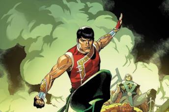 Shang-Chi, il personaggio Marvel, dopo un duro combattimento