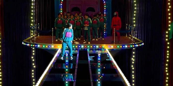 Un ponte di vetro davanti ai giocatori