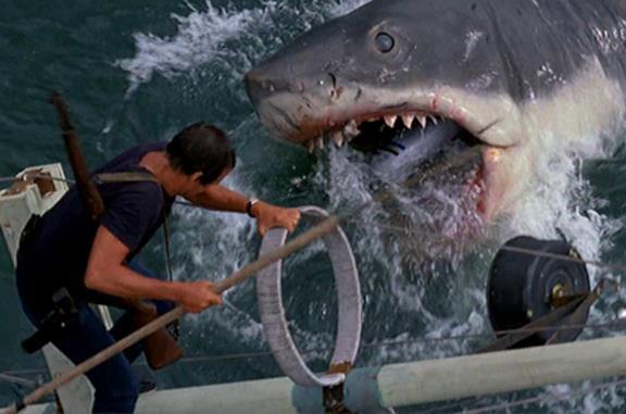 Lo squalo: la colonna sonora del film di Spielberg