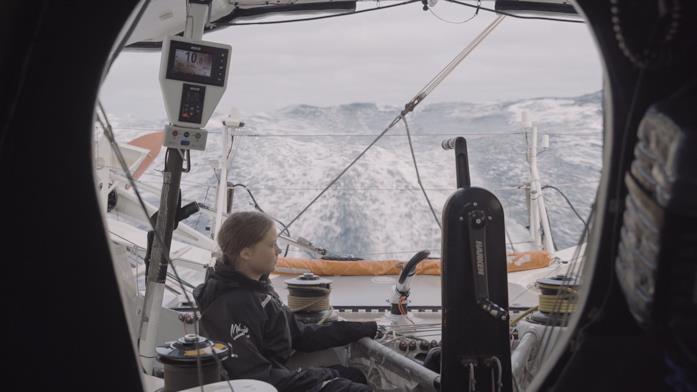 Un'immagine di Greta in regata sull'Atlantico