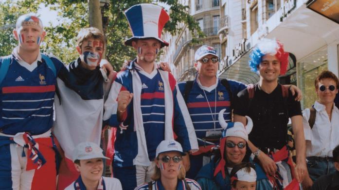 Alcuni tifosi della Francia prima della finale della coppa del mondo del 1998