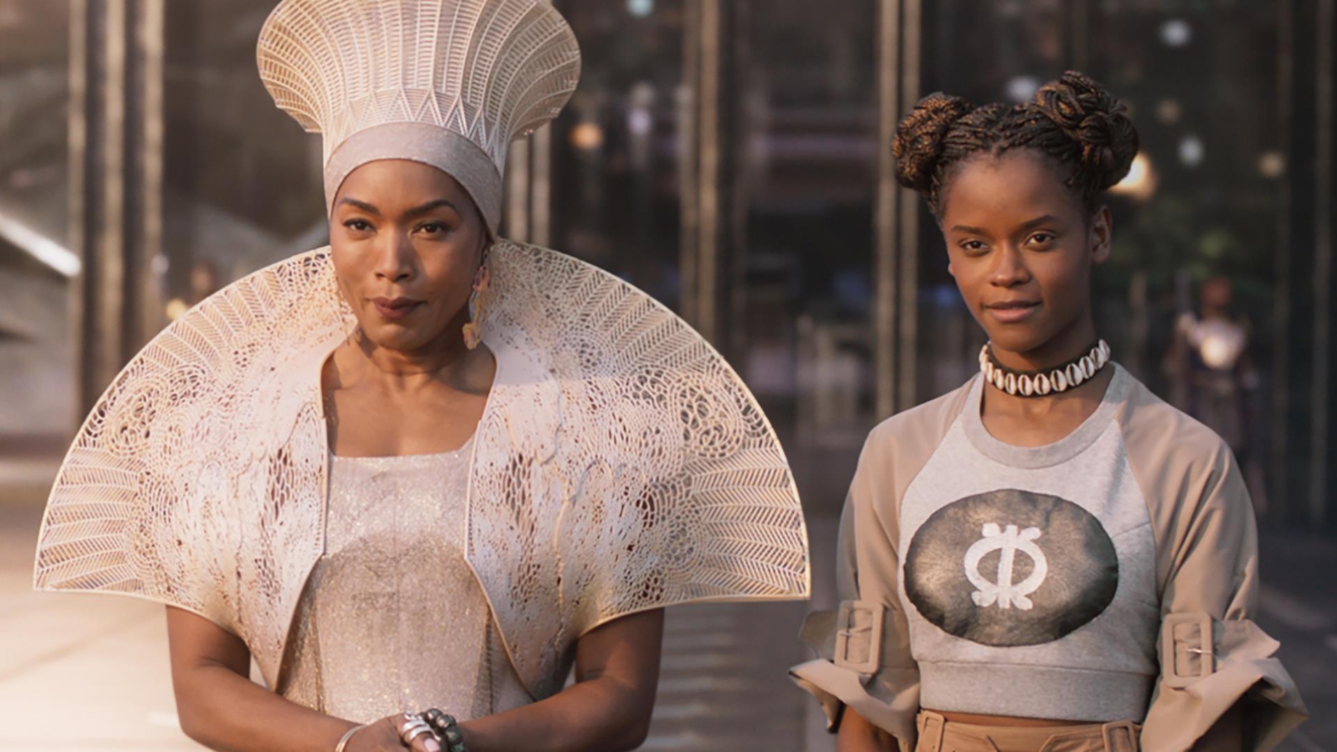Black Panther 2: Angela Bassett spoilera un dettaglio del sequel