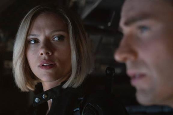 Vedova Nera e Capitan America in Avengers: Endgame