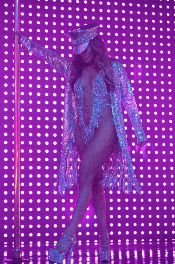Jennifer Lopez balla sul palco