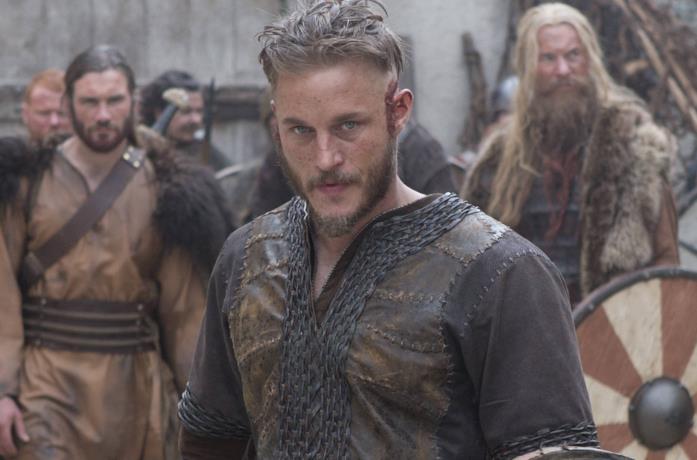 Travis Fimmel nel secondo episodio di Vikings