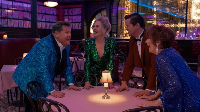James Corden, Nicole Kidman, Andrew Rannells e Meryl Streep sorridono in The Prom
