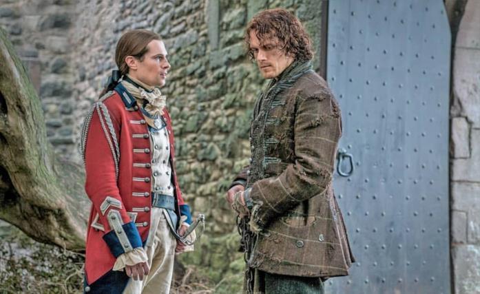 John Grey (David Berry) e Jamie Frase (Sam Heughan) in Outlander