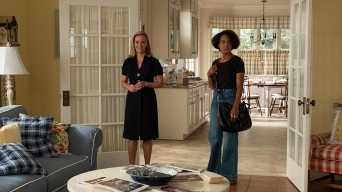Reese Witherspoon e Kerry Washington sul set di Little Fires Everywhere