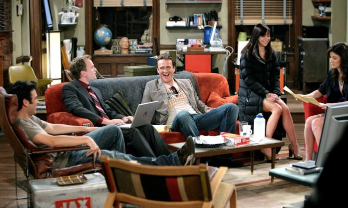 Il cast di How I Met Your Mother nell'appartamento di Ted Mosby