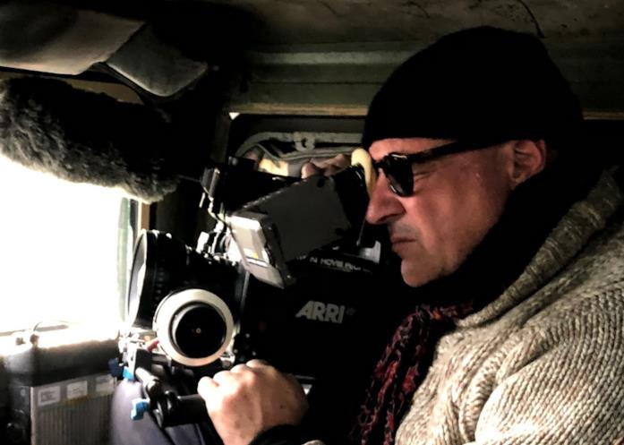 Il regista Gianfranco Rosi al lavoro