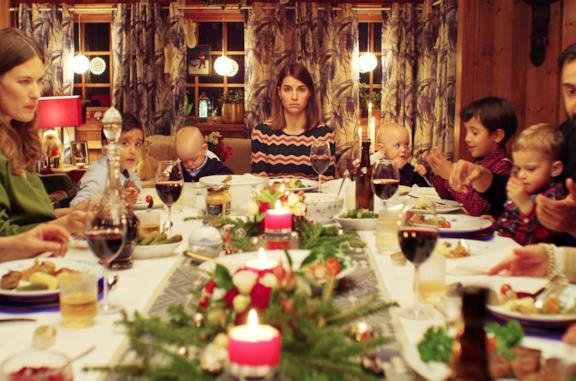 Una scena di Natale con uno sconosciuto