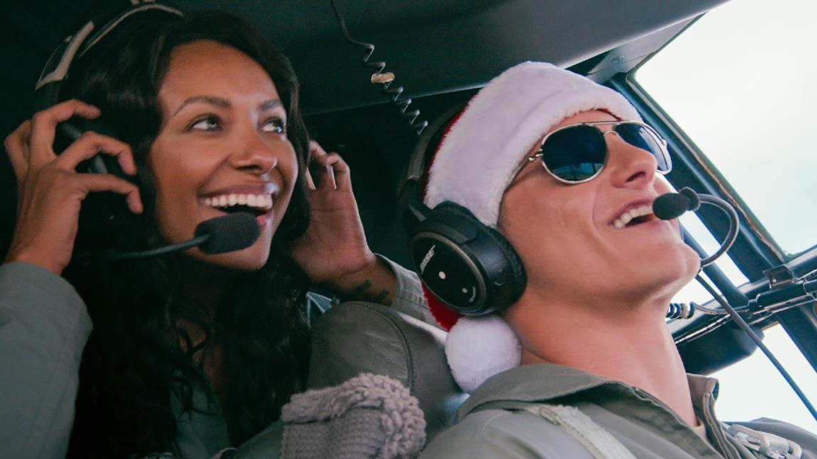 Operation Christmas Drop: trailer, trama e cast del film Netflix