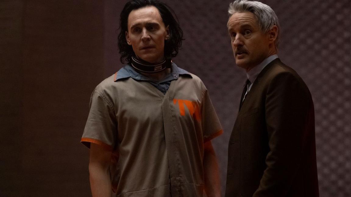 Loki inizia a svelare la sua (pazzesca) trama nel nuovo trailer della serie Marvel